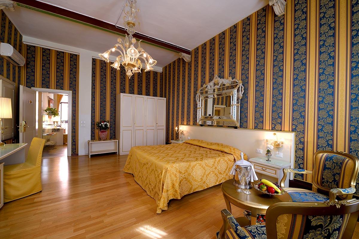 Superior Room | Hotel Corte dei Greci Venice